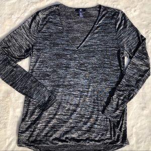 GAP Long Sleeve Black Wrap Top size Medium